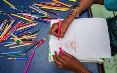 Dessins, informatique, lecture … Que font les enfants au CHT ?