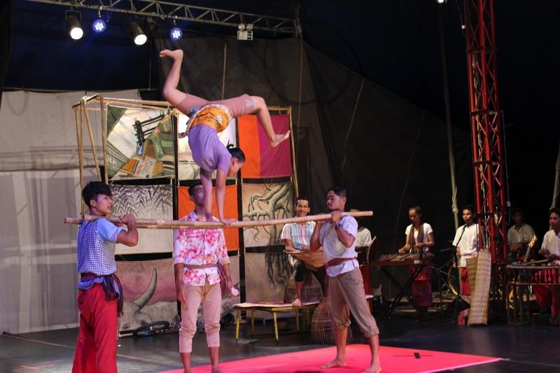 Cambodge cirque - A. Loirat 2