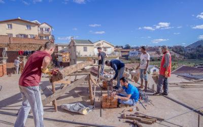 Chantier solidaire 2018 : des apprentis ingénieurs en mission sur le chantier du CHT ! (vidéo)