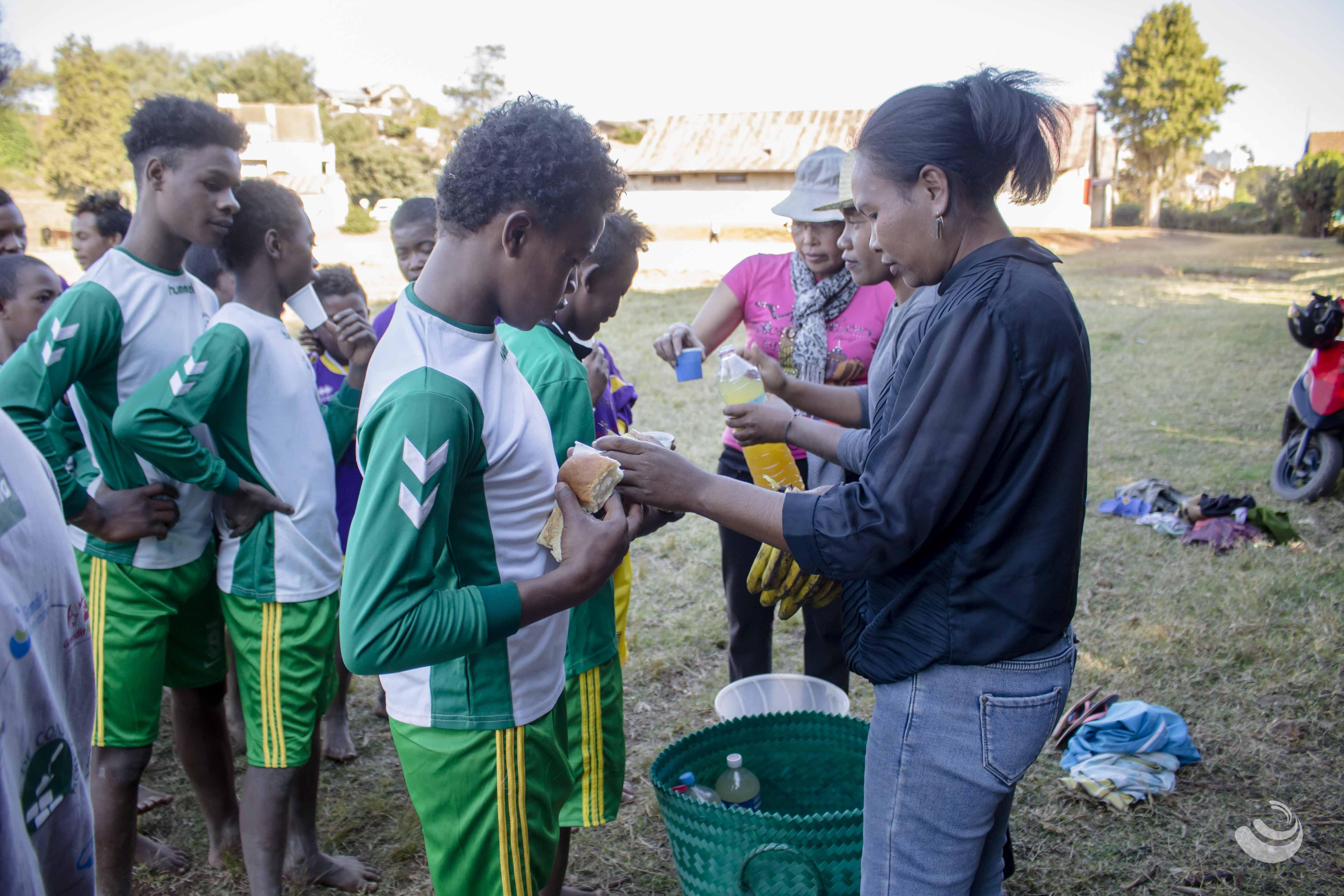 Foot à Madagascar Antsirabe enfant