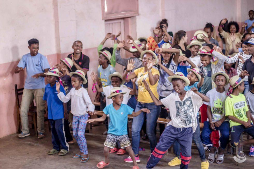 enfants qui dansent